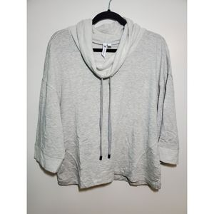 Cable & Gauge | Heather grey Sweater